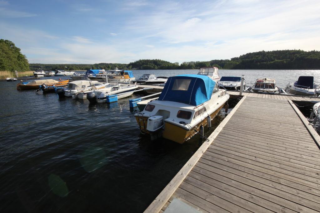 Från Norra bryggan i Tullingesjön - TSS Båtklubb