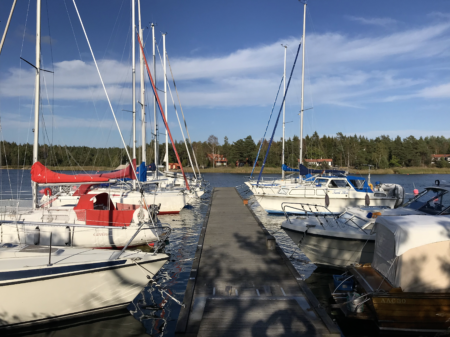 Bryggan vid Piparholmen vid Trosa i Sörmland - TSS Båtklubb 2