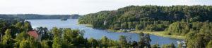 Södra Bryggan längst till höger i bild, Slipen lite längre till höger - TSS Båtklubb
