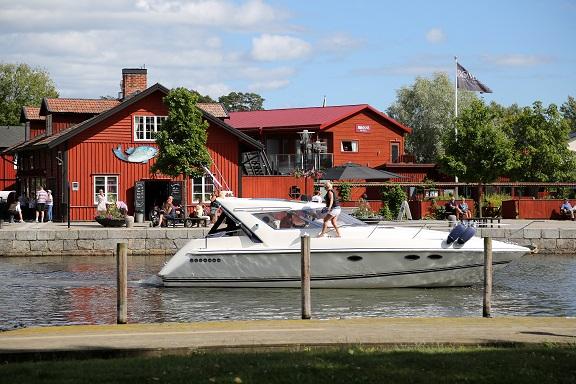 Trosa - utflykt från Piparholmen vid Trosa i Sörmland - TSS Båtklubb