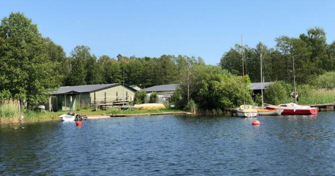 Arbetskvällar på slipen - TSS - Båtklubben i Tullinge